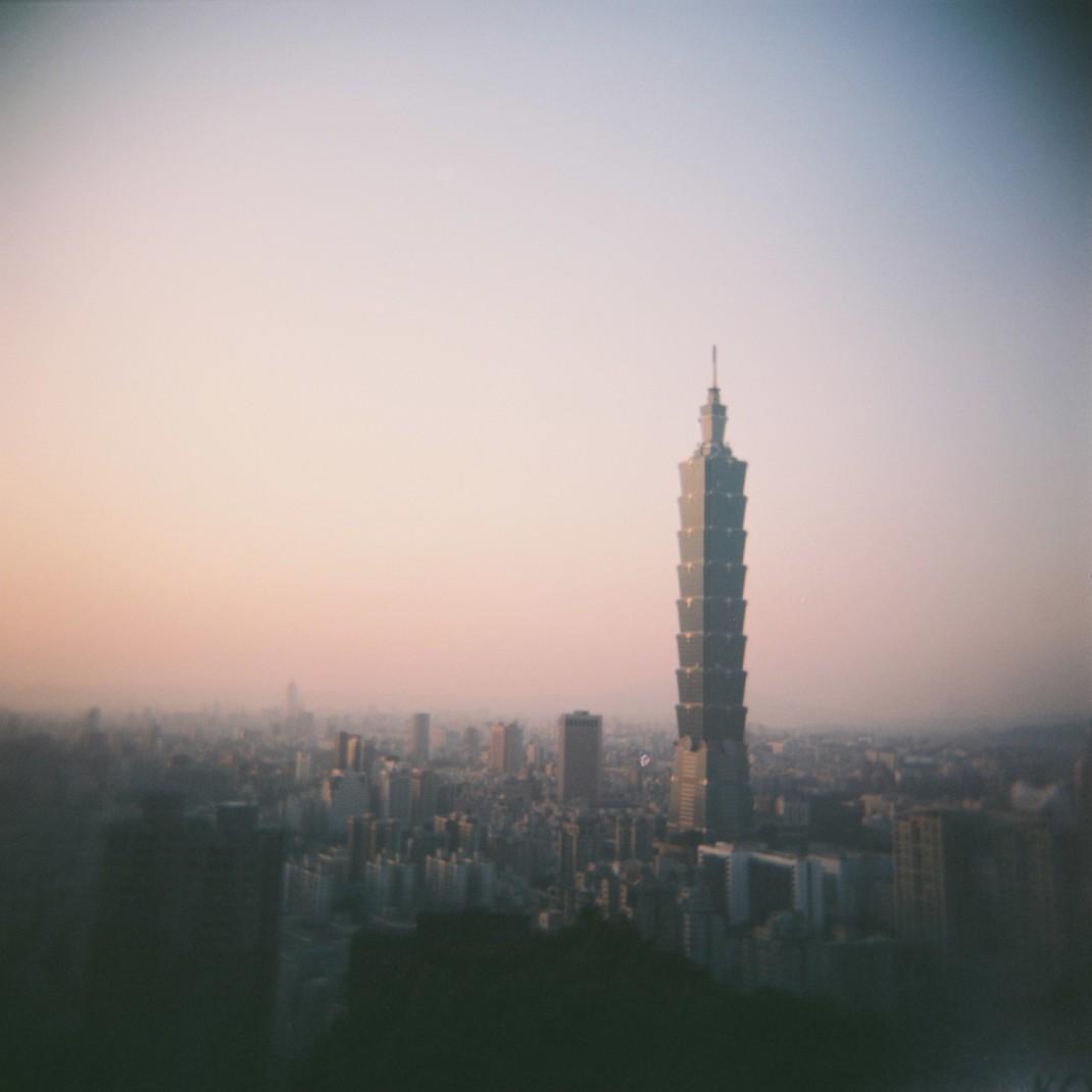 Elephant Mountain Taipei 101 Holga